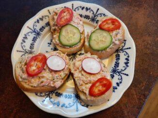 Chlebíčky s Rumcajs salátem
